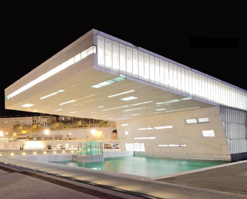 Un'architettura di luce per il Mediterraneo