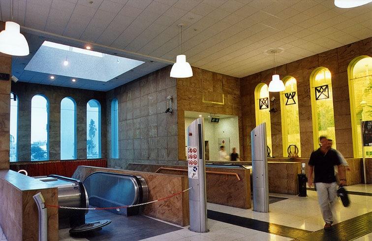 Metropolitana di Napoli_Stazione Salvator Rosa_01_Filippo_Cannata Alessandro Mendini